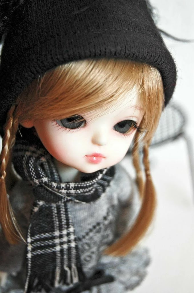 cute-winter-doll-getpics