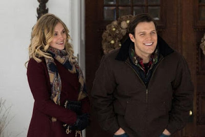 Christmas Inheritance 2017 Netflix movie still Eliza Taylor Jake Lacy