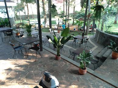 Bonne Coffe&Eatery- Caffe Sejuk  Pesona Alami