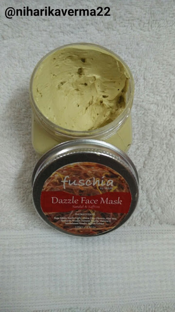 Pimple free skin with fuschia Vkare Sandal & Saffron Face Mask 1