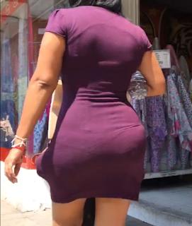 Video sexy mujer tanga marcada vestido entallado