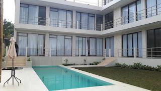 Villa Sky View Private Pool 8 Kamar di Lembang