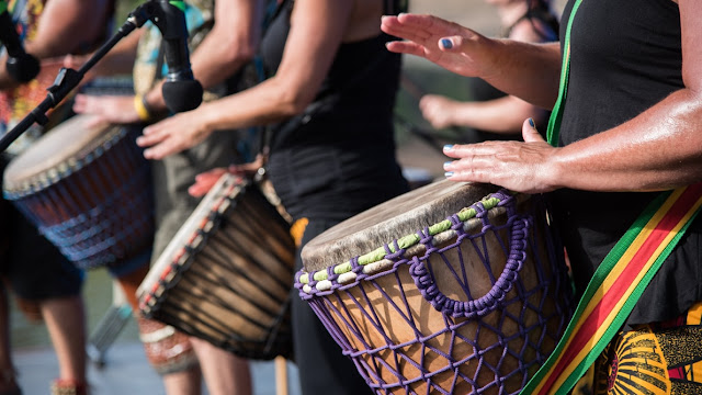 Benefits Of Drum Circles. What is the purpose of a drum circle? What is a Drum Circle? Drumming circle benefits. What is a community drum circle? Healing Power of the Drum Circle.