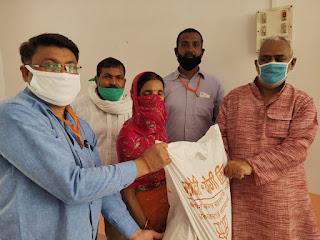 राज्यमंत्री गिरीश द्वारा मोदी योगी किट का वितरण जारी | #NayaSabera