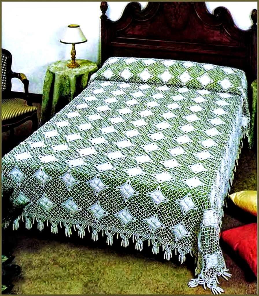 Cubrecama tejido al crochet con esquemas