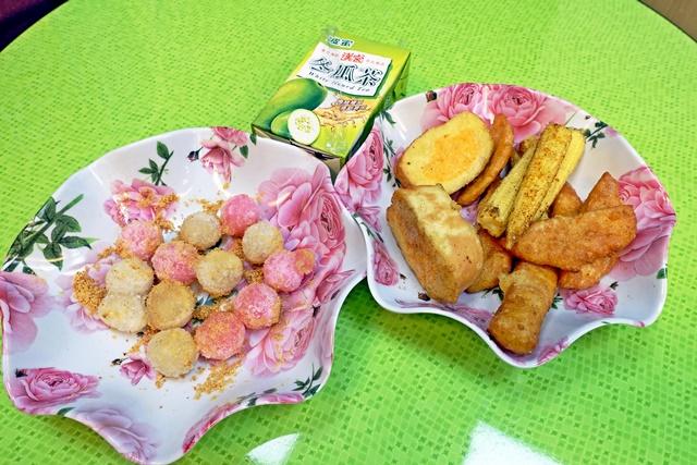 田庄點心現炸素鮮雞,素鮮菇~土城素食炸物、滷味