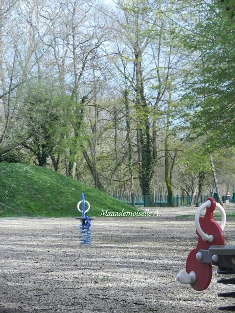 France - Centre - Cher - Aire de jeux pour enfants
