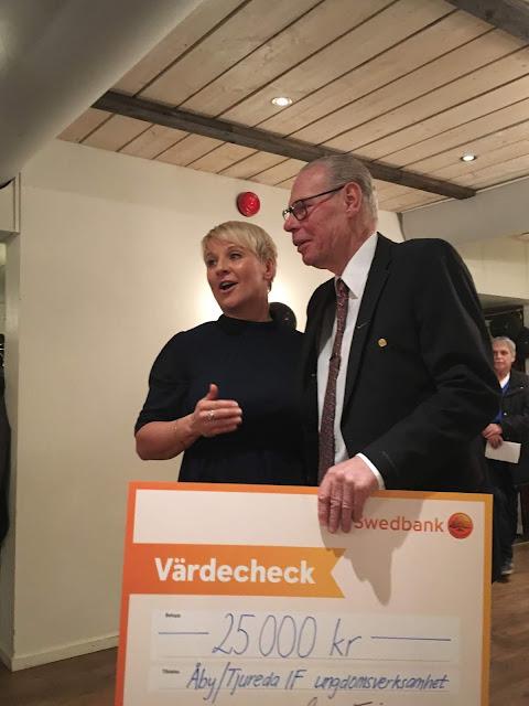 753f01ce0aab Hur många länder döper tåg efter en brottsling? Bildsköne Bengtsson var en  känd och rekorderlig brottsling som arbetade ihop med Tatuerade Johansson.
