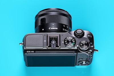 Canon EOS M6 DSLRファームウェアのダウンロード