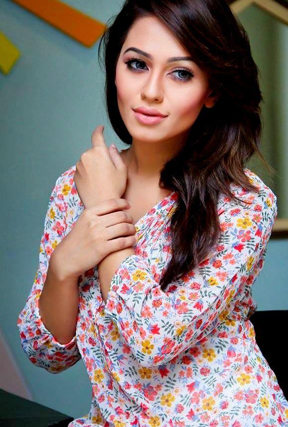 Indian Beautiful Celebrity FB DP