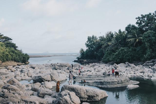 Terowongan Niyama dan Pantai Sidem