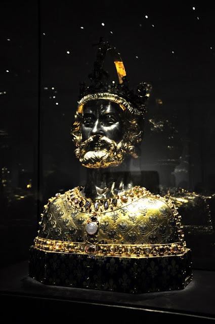 Herma relikwiarzowa Karola Wielkiego