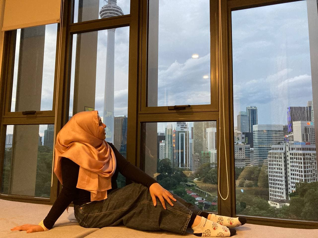 Percutian 1 Malam di Cheylonz Hotel Sambil Menikmati Pemandangan Pencakar Langit Kuala Lumpur!