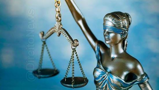 ofendido debocha acusada absolve crimes honra