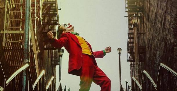 """""""الجوكر"""" يعود لإكتساح صدارة إيرادات السينما الأميركية من جديد"""