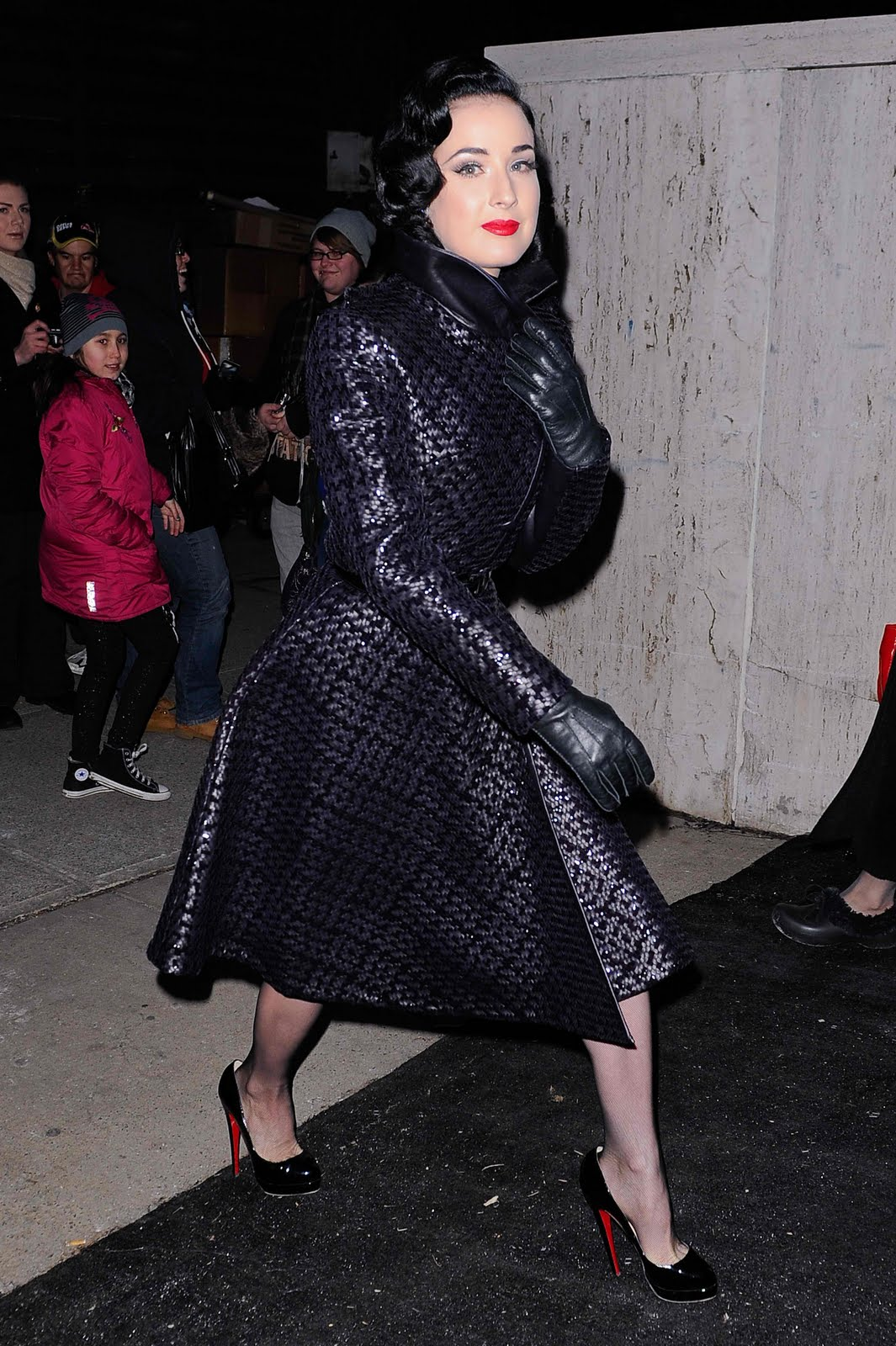 Leather Leather Leather Blog Dita Von Teese Uhq Red