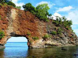 Destinasi Tempat Wisata Di Ambon Yang Sayang Dilewatkan