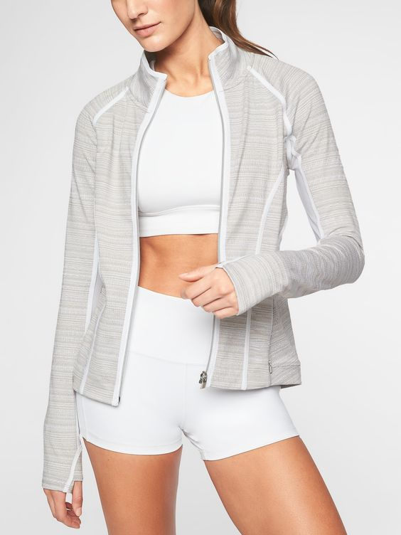 Taking a swing through the Athleta May 2018 new arrivals :: Effortlessly with Roxy