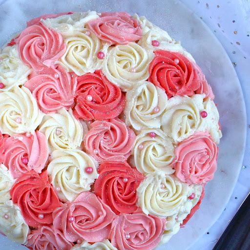 Best Vanilla Sponge Wedding Cake Recipe