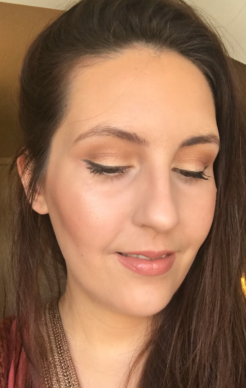 Huda Beauty Textured Shadows Palette Rose Gold Edition look