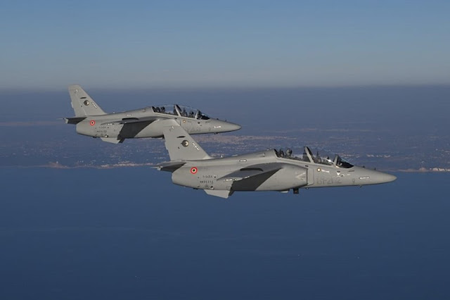 Leonardo consegna all'Aeronautica Militare i primi due M-345