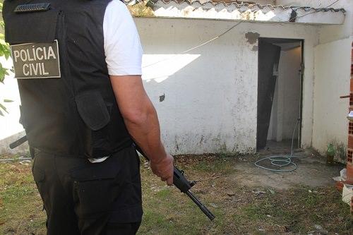 Polícia frustra tentativa de fuga de presos em Limoeiro do norte