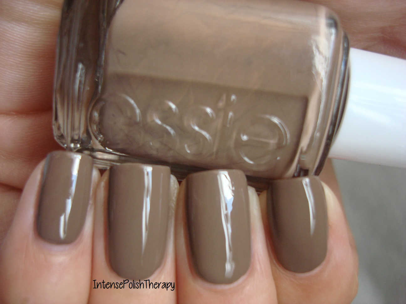 Essie - Fierce, No Fear