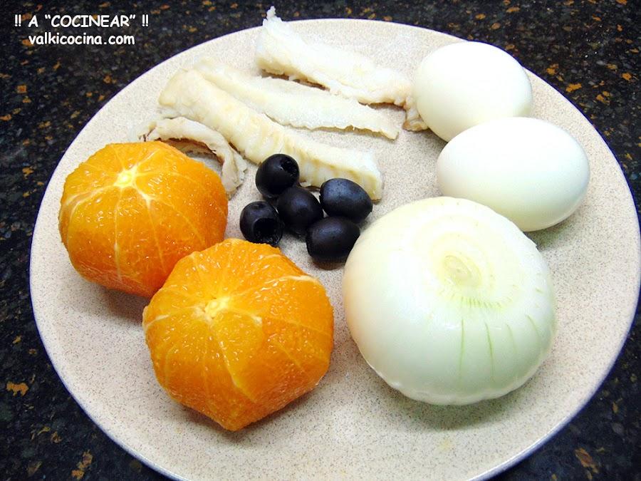 Remojón de naranja y bacalao