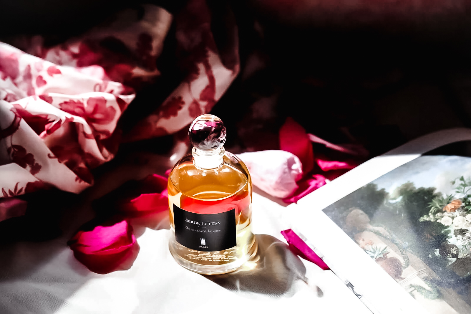Sa Majeste La Rose Serge Lutens critique