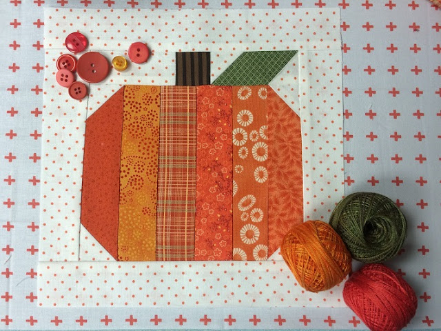 Scrappy strips pumpkin quilt block tutorial
