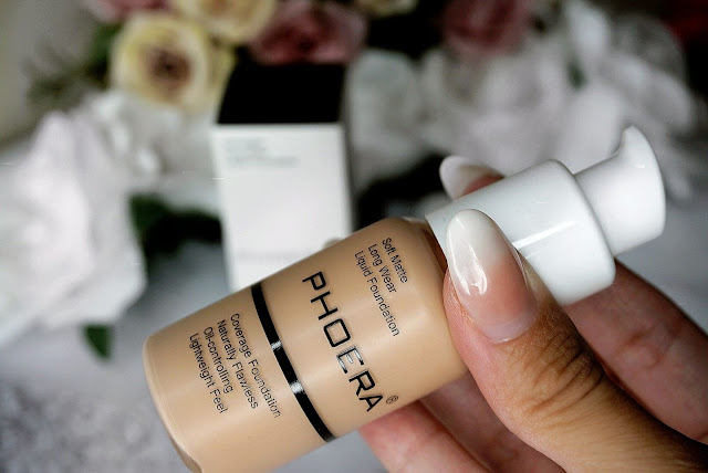 Phoera Foundation Professional Full Coverage Soft Matte Liquid Foundation review