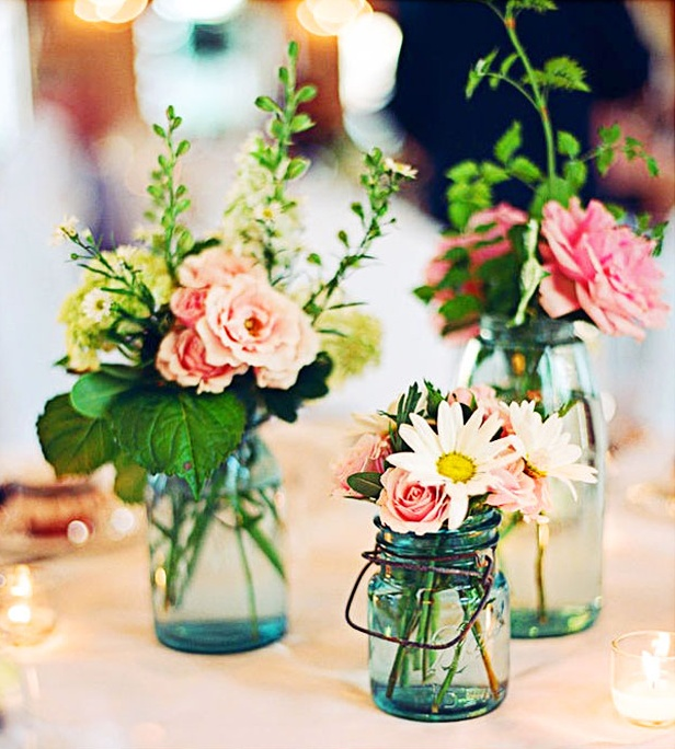 Easy Wedding Themes: Pretty Summer Wedding Centerpiece Ideas
