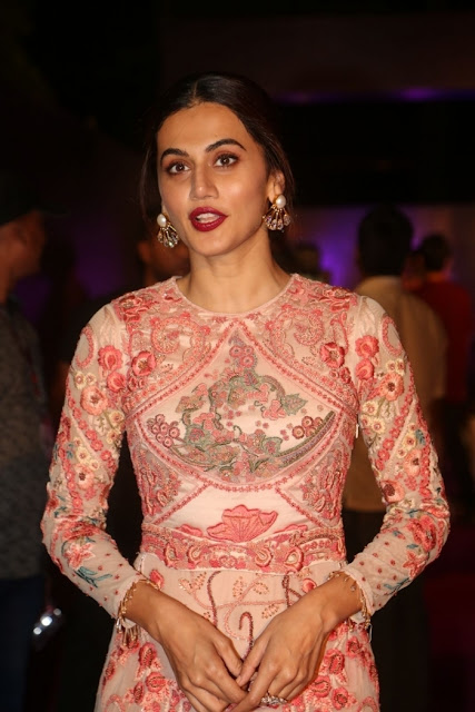 Actress Taapsee Pannu Latest Photos Gallery Navel Queens
