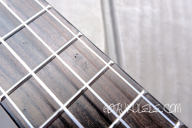 Ortega RUHZ-MM Ukulele scruffy fingerboard
