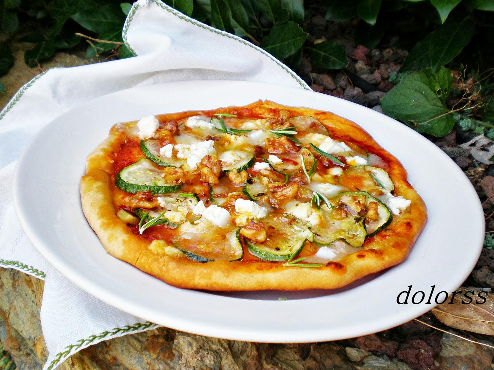 Blog de cuina de la dolorss pizza de calabac n queso de Cocinar queso de cabra