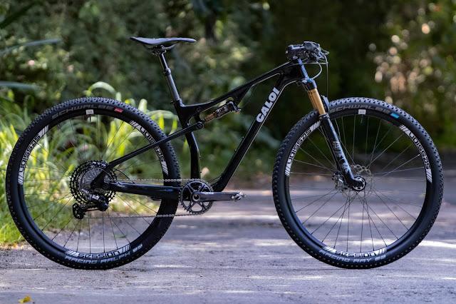 Bicicleta Caloi Full Suspensio