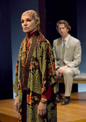 BWW Review: A Fine OCCUPANT Takes Residence at the Garry Marshall Theatre