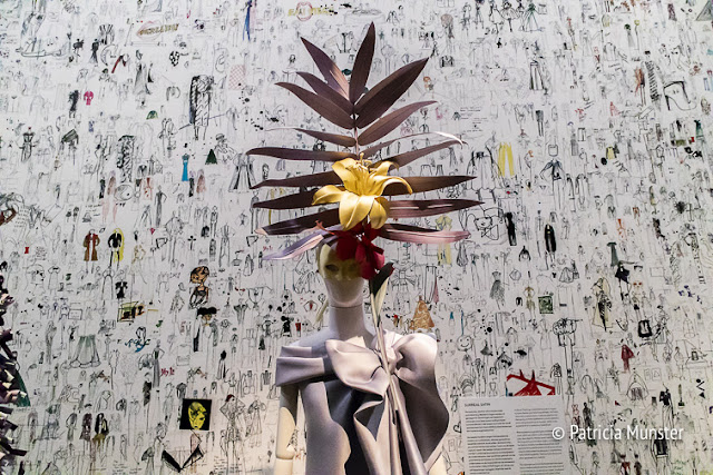Surreal satin Viktor & Rolf @ Kunsthal Rotterdam