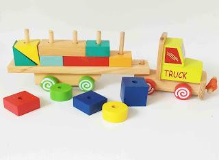 Mainan Balok Truck