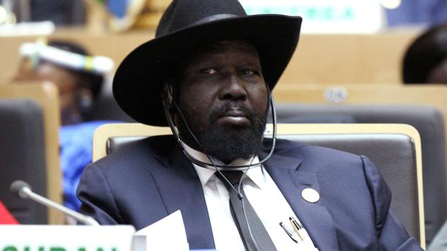 """Sudão do Sul está """"à beira"""" de um genocídio comparável ao que aconteceu em Ruanda, alertou a ONU, pedindo que a comunidade internacional evite que tal catástrofe ocorra"""