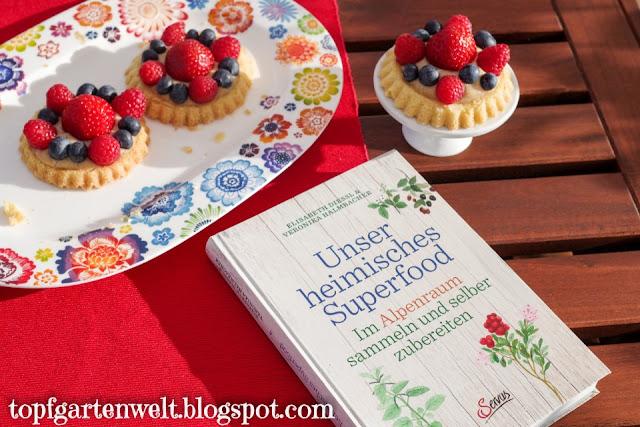 Superfood Himbeere für Himbeertörtchen mit Mürbteig und Vanillecreme - Foodblog Topfgartenwelt