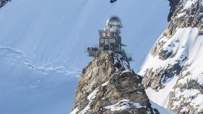 Des stations de surveillance de l'air comme celle-ci en Suisse