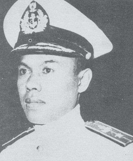 Komodor Yos Sudarso gugur dalam pertempuran di Laut Aru pada tanggal 15 Januari 1962.