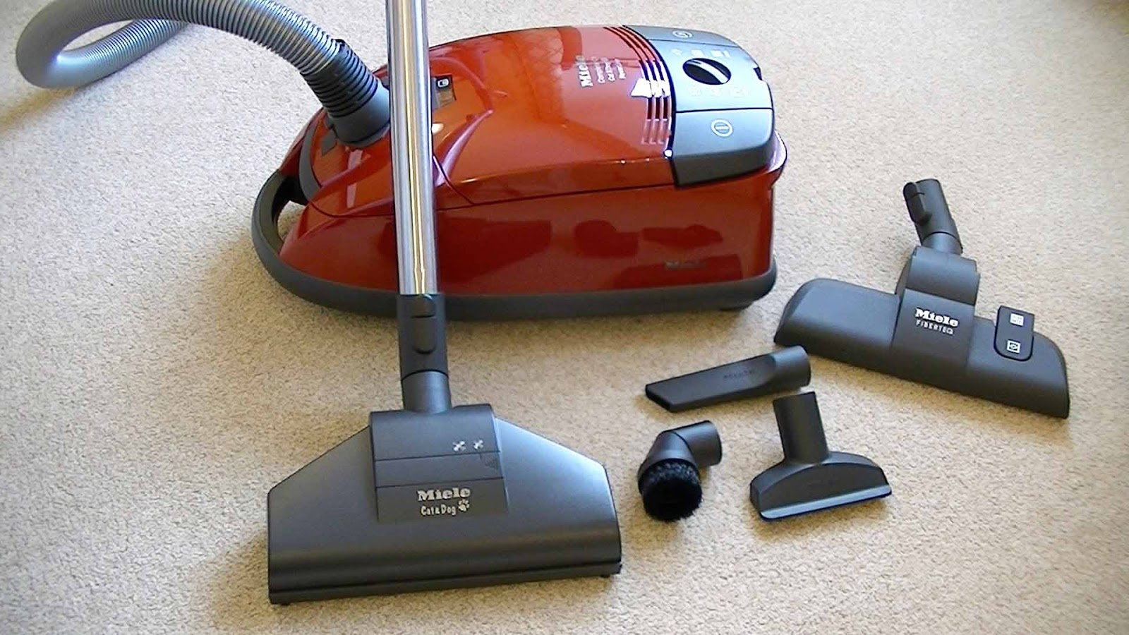 Miele compact c2 cat dog powerline review australian for Miele cat dog