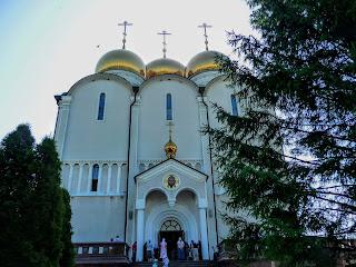 Микільське. Свято-Успенський Миколо-Василівський монастир. Собор Успіння Пресвятої Богородиці