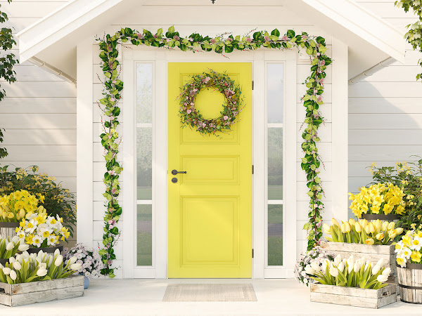 Ways You Can Bring Spring to Your Front Porch