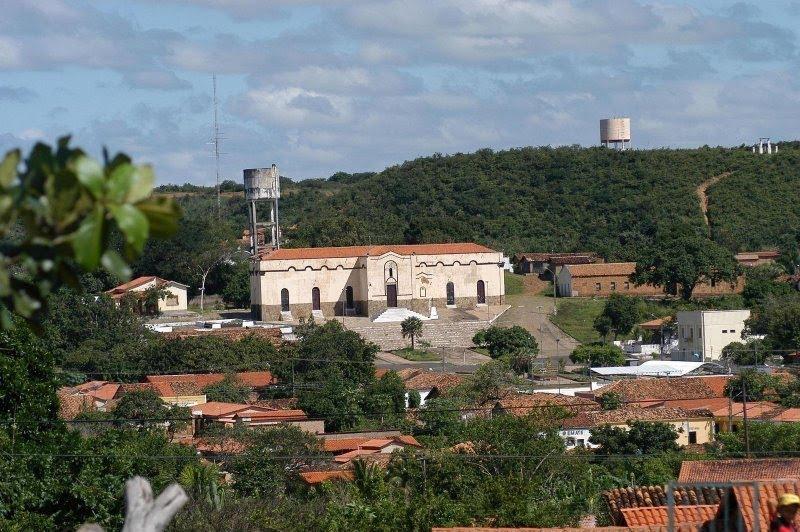 """Elesbão Veloso: Uma cidade de """"população flutuante"""". Desde 2002, censo do IBGE aponta menos de 15 mil habitantes."""