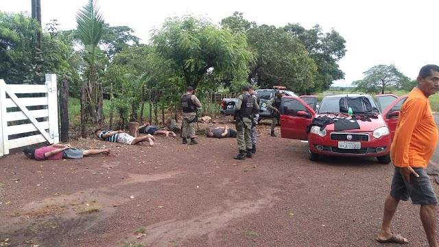 Assaltantes de banco são presos durante cerco policial na cidade de José de Freitas