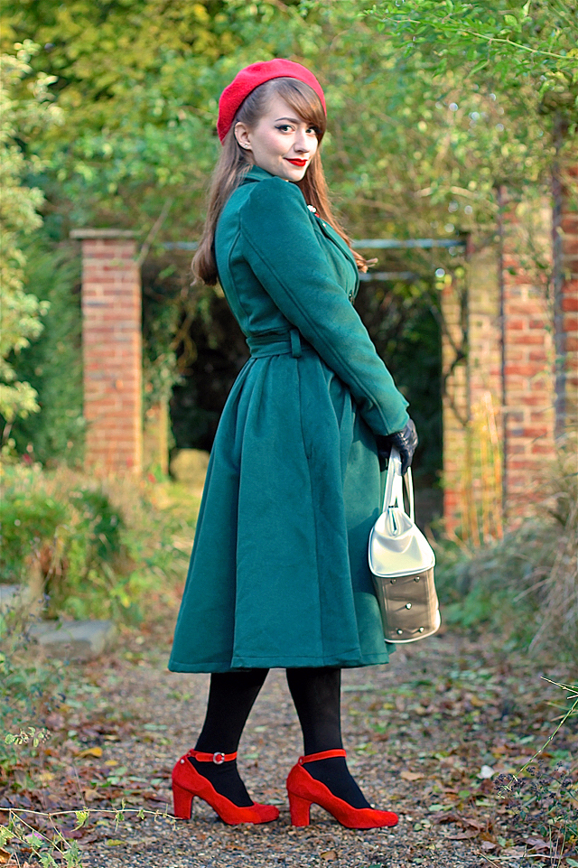 Hearts & Roses swing coat in green