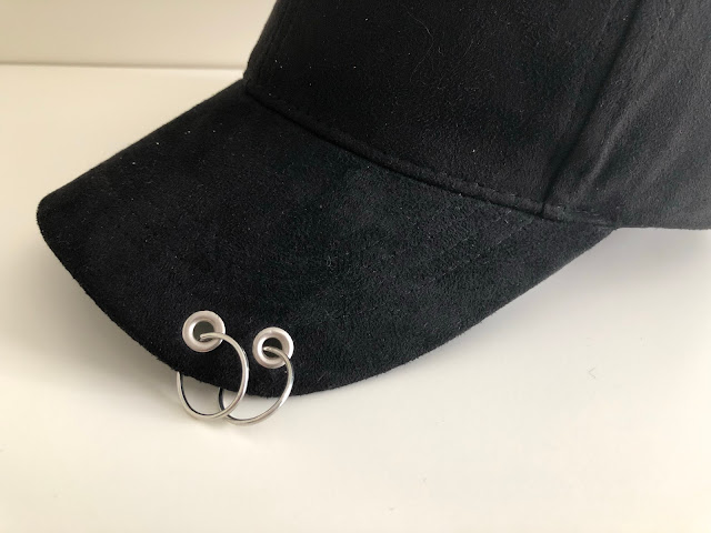Pom Baseball Hat with Hoop Ring